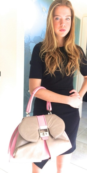 Winner Emma Rookwood's Daughter with the Anya Sushko London Modern Extravaganza Handbag.