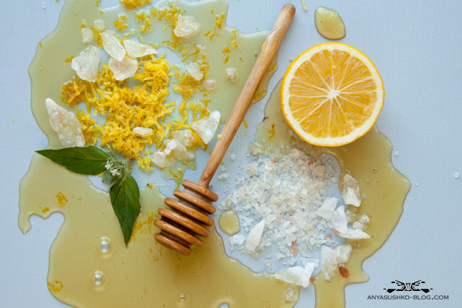 anya-sushko-blog-honey-lemon-salt-scrub