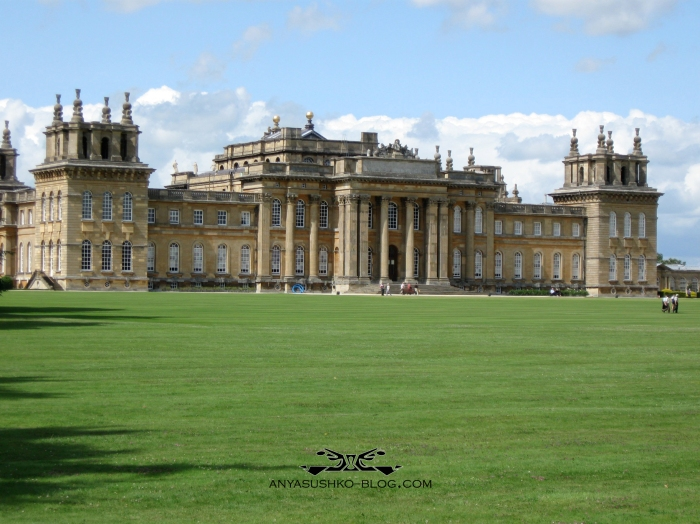 anya-sushko-blog-winter-frost-home-page-blenheim-palace